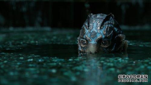 《水形物语》导演特辑托罗十年磨一剑 荣获奥斯卡13项大奖提名