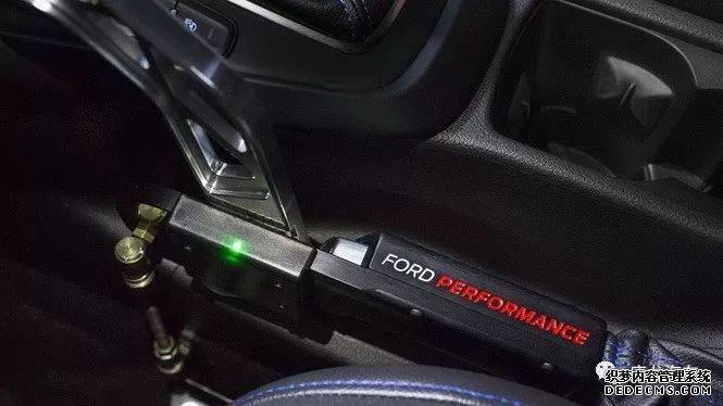 【开启漂移模式】想开着Focus RS像Ken Block一样帅气华丽的漂移